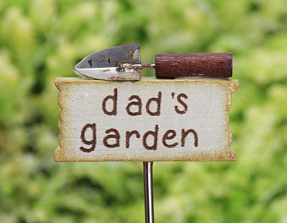 sign with dad's garden